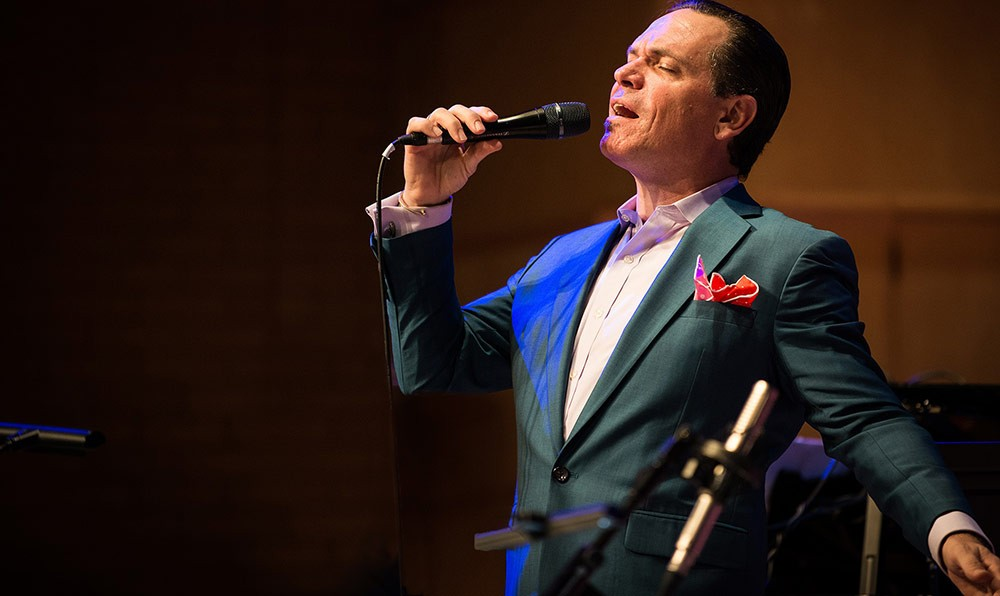 Kurt Elling Swings Sinatra